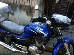 凍り付いたバイク